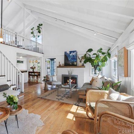 Rent this 4 bed loft on 554 Oak Street in Laguna Beach, CA 92651