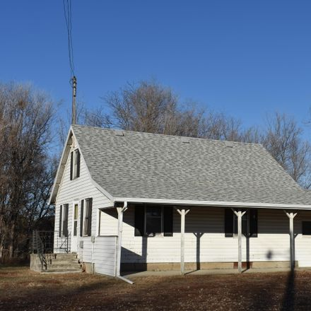 Rent this 3 bed house on 12946 385th Ave in Aberdeen, SD
