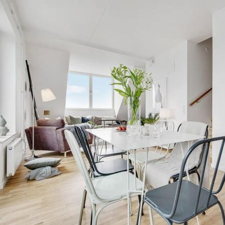 Rent this 3 bed apartment on 9 Lagmansbacken  Stockholm 145 56