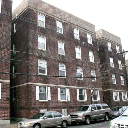 Rent this 1 bed condo on 435 53rd Street in West New York, NJ 07093