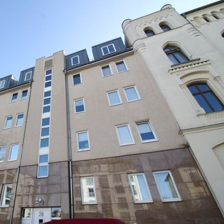 Rent this 2 bed apartment on Mittelstraße 28 in 39114 Magdeburg, Germany