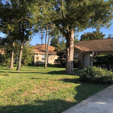 Rent this 3 bed apartment on 16 Westbriar Lane in Palm Coast, FL 32164