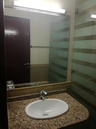 Rent this 1 bed room on Al Khail Rd - Dubai - Emiratos Árabes Unidos
