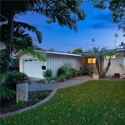 Rent this 6 bed house on 1013 North Lyon Street in Santa Ana, CA 92701