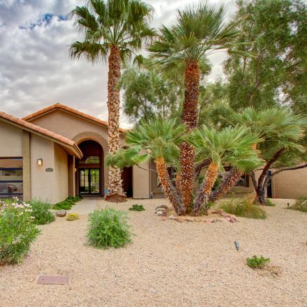 Rent this 3 bed house on N 49th St in Scottsdale, AZ