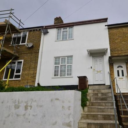 Rent this 3 bed house on Slatin Road in Strood ME2 3AU, United Kingdom