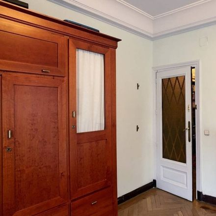 Rent this 0 bed room on Calle de la Alameda in 11, 28001 Madrid
