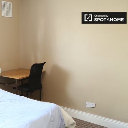 Rent this 3 bed apartment on 33 Saint Aongus Green in Tymon North, Dublin 24