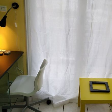Rent this 2 bed room on 3ης Σεπτεμβρίου 39 in 104 33 Athens, Greece