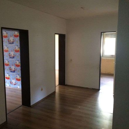 Rent this 3 bed apartment on Von-Ossietzky-Ring 25 in 45279 Essen, Germany