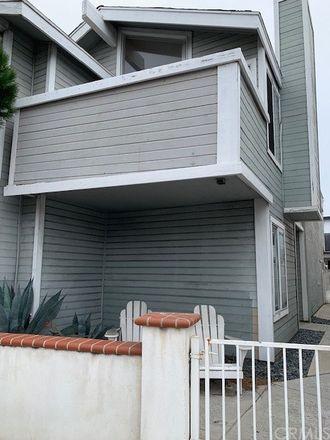 Rent this 3 bed townhouse on 414 East Balboa Boulevard in Newport Beach, CA 92661