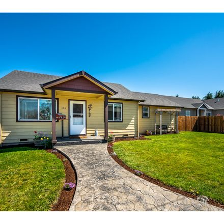 Rent this 3 bed house on 303 Oak Street in Amity, OR 97101