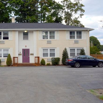 Rent this 2 bed condo on 40 Williams Street in Providence, RI 02903