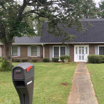 Rent this 3 bed house on 122 Thorndale Drive in Warner Robins, GA 31093