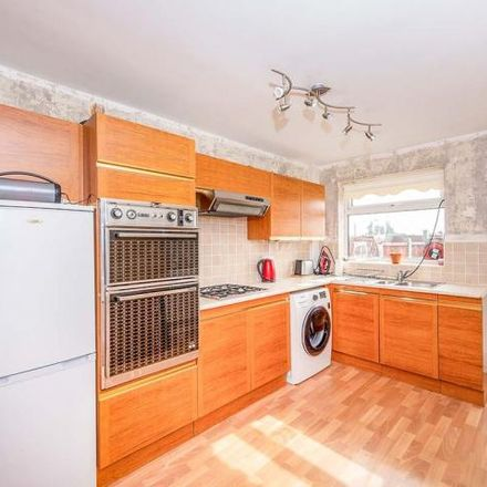 Rent this 2 bed house on Ashurst Primary School in New Glade Hill, Carr Mill