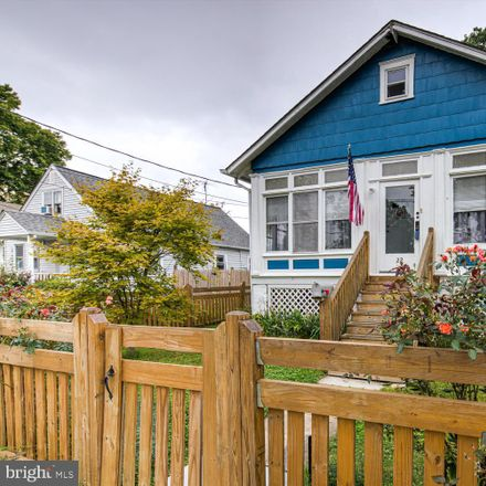 Rent this 2 bed house on Beech Ave in Wilmington, DE