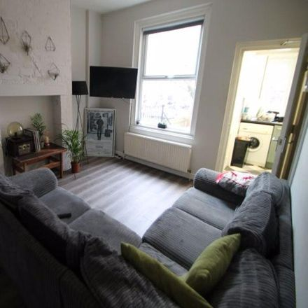 Rent this 4 bed house on HEART: Headingley Enterprise and Art Centre in Bennett Road, Leeds LS6 3HN