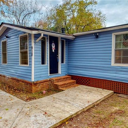 Rent this 3 bed apartment on 918 Wilcox Street in Savannah, GA 31405