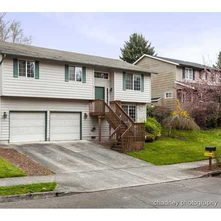 Rent this 4 bed house on 284 Southeast Paloma Avenue in Gresham, OR 97080