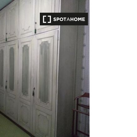 Rent this 2 bed room on Assistenza computer e telefonia in Via Pian Due Torri, 30a