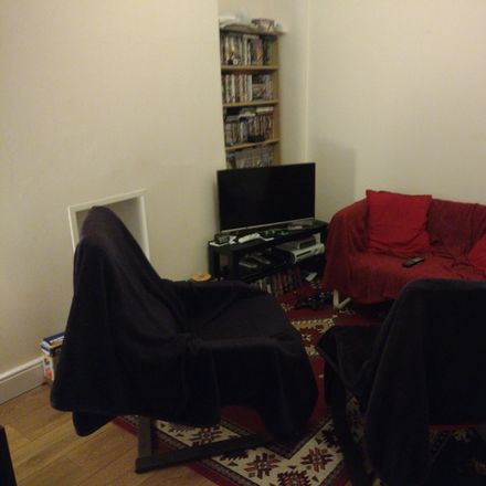 Rent this 1 bed room on Agincourt St in Belfast BT7, UK