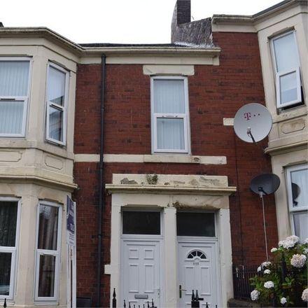 Rent this 3 bed apartment on Newcastle upon Tyne NE4 8XX