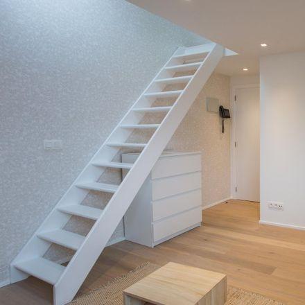 Rent this 1 bed apartment on Rue des Boers - Boerenstraat 29 in 1040 Etterbeek, Belgium