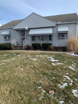 Rent this 3 bed house on 4229 East 181st Street in Cleveland, OH 44128