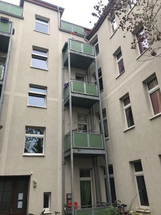 Rent this 3 bed apartment on Basedowstraße 7 in 39104 Magdeburg, Germany
