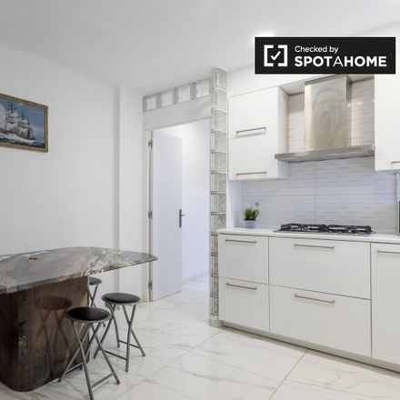 Rent this 2 bed apartment on 46005 Valencia