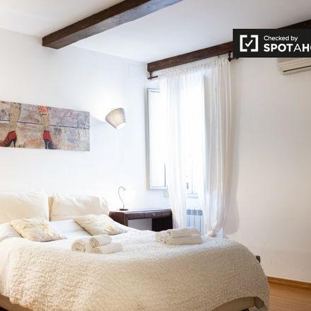 Rent this 3 bed room on Macelleria Tamagnini in Via di San Francesco a Ripa, 00153 Rome RM