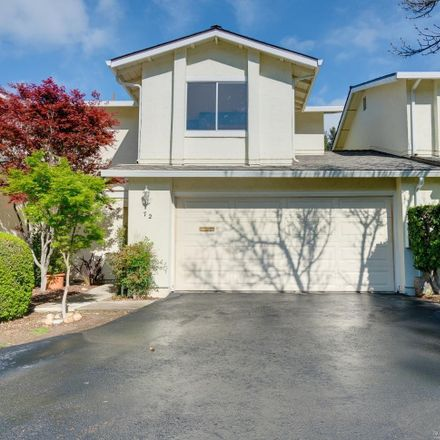 Rent this 3 bed townhouse on Fountainhead Court in Martinez, CA