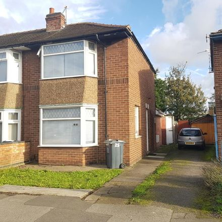 Rent this 3 bed house on Rosedale Avenue in Leicester LE4 7AU, United Kingdom