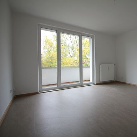 Rent this 3 bed apartment on Bruno-Wille-Straße 78 in 12587 Berlin, Germany