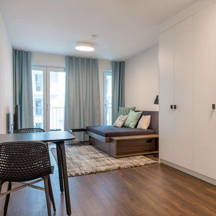 Rent this 1 bed apartment on Akademie des Städtischen Klinikums München in Kraepelinstraße 18, 80804 Munich