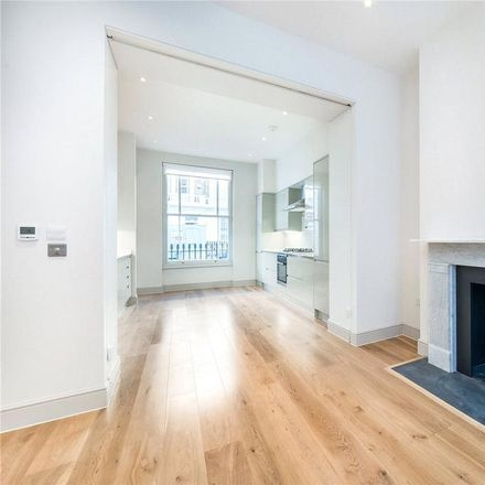 Rent this 4 bed house on Classic Bindings in Cambridge Street, London SW1V 4QQ