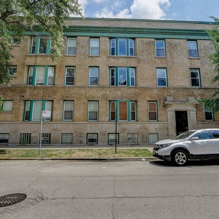 Rent this 3 bed condo on North Greenview Avenue in Chicago, IL 60613