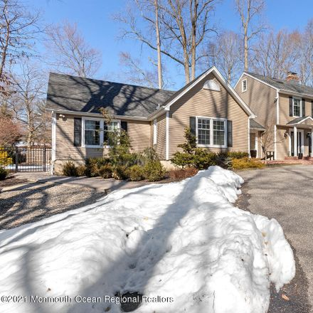 Rent this 4 bed house on Middletown Township in 42 Townsend Drive, Oak Hill