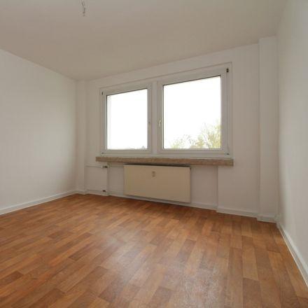 Rent this 2 bed apartment on Schartweg in 06526 Sangerhausen, Germany