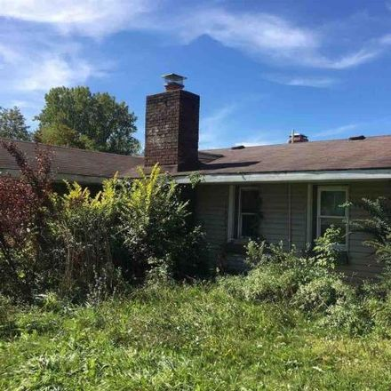Rent this 2 bed house on 3940 Dixon Lane in Bangor Township, MI 48706