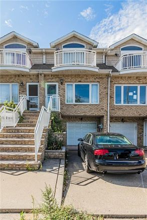 Rent this 3 bed townhouse on 481 Father Capodanno Boulevard in New York, NY 10305