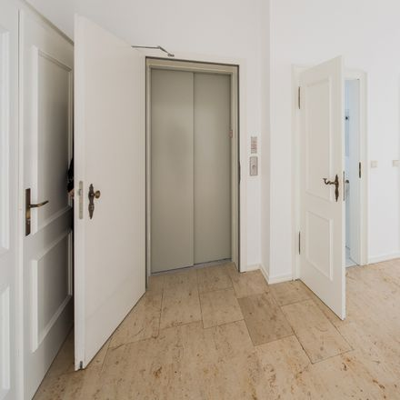 Rent this 7 bed apartment on Mollstraße 45 in 68165 Mannheim, Germany