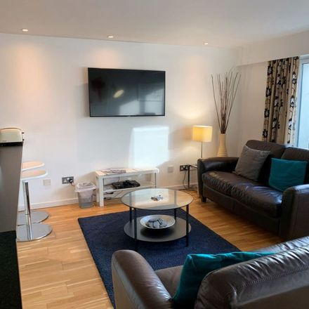 Rent this 2 bed apartment on 24 High Street in Glasgow, G1 1QF