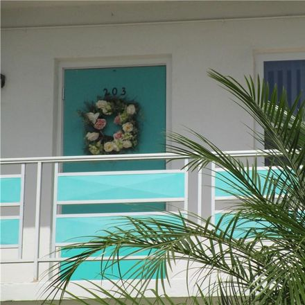 Rent this 1 bed condo on 59th Ave N in Saint Petersburg, FL