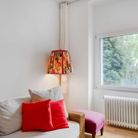 Rent this 2 bed apartment on Vietorstraße 82 in 51103 Cologne, Germany