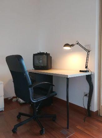 Rent this 3 bed room on Viale Leonardo da Vinci in 00145 Roma RM, Italia