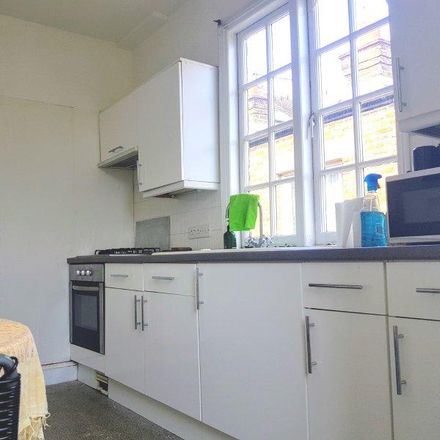 Rent this 3 bed apartment on Harrow View in Pitshanger Lane, London W5