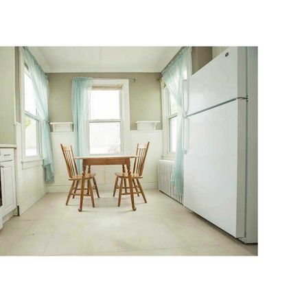 Rent this 3 bed apartment on 15 Webster Street in Newport, RI 02840