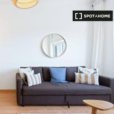 Rent this 1 bed apartment on Colégio Marista de Carcavelos in Avenida dos Maristas, 2775-212 Carcavelos e Parede