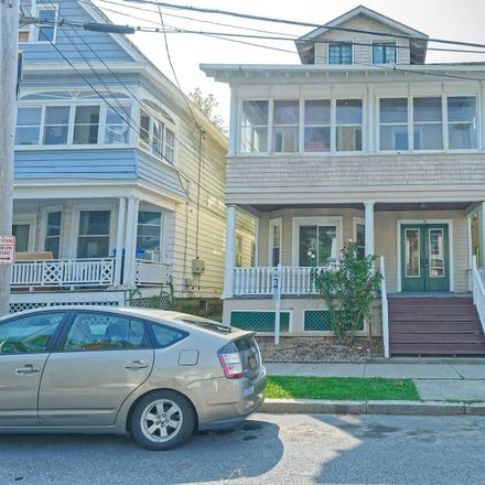 Rent this 6 bed duplex on 10 Magnolia Terrace in Albany, NY 12209